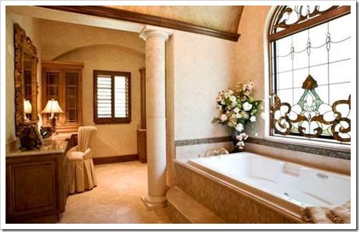 Витраж в ванную комнату