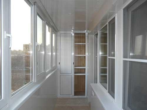 Какое остекление балкона лучше