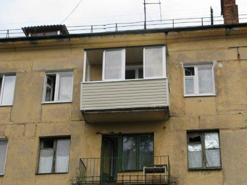 Как остеклить балкон