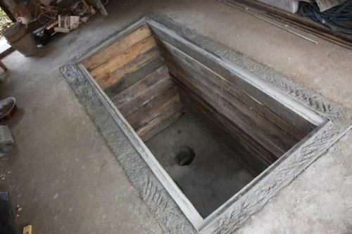 Как сделать яму в гараже из дерева