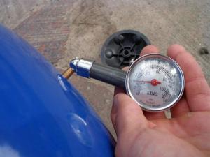 Какое давление должно быть в гидроаккумуляторе