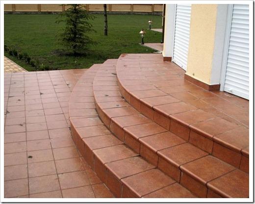 Виды керамической плитки для улицы