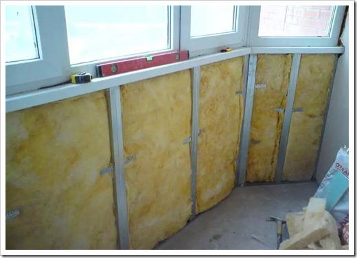 Варианты утепления застеклённого балкона