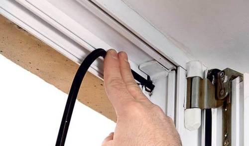 как поменять уплотнитель на окне