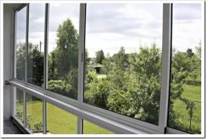 Положительные и отрицательные аспекты алюминиевого остекления