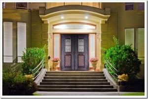 Входные двери для загородного дома