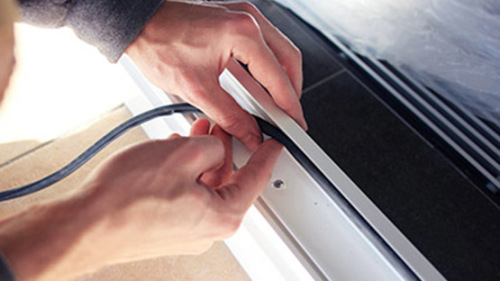 Как поменять уплотнитель на пластиковых окнах