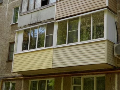 Какое остекление балкона лучше выбрать