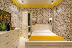 Какие выбрать обои в маленькую комнату